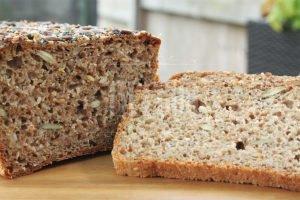 Sourdough wheat-rye 5 seeds bread